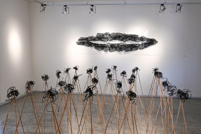 Virtuální prohlídka výstavy Možnosti vlákna výtvarnice Evy Damborské